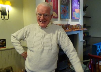 Episode 8 - Internationally renowned spinner, weaver and Traditional Singer, Norman Kennedy
