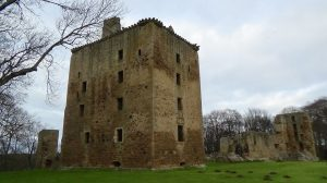 Spynie Palace, Laigh o Moray